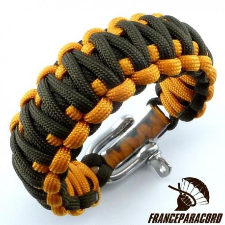 King Cobra 2 colors Paracord Bracelet with Adjustable Shackle