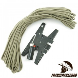 Spool Tool with 20m of Paracord & Lighter
